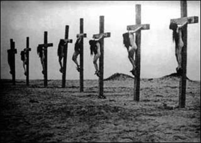 Deir el Zoor-crocifissione di donne -cristiane armene