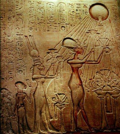Akhenaton: il ritorno della mummia del faraone monoteista
